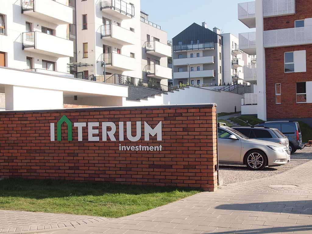 wewnętrzne i zewnętrzne oznaczenia inwestycji litery aluminiowe litery stalowe / real estate signage aluminium letters steel letters / Immobilienbeschilderung Aluminium Buchstaben Stahlbuchstaben