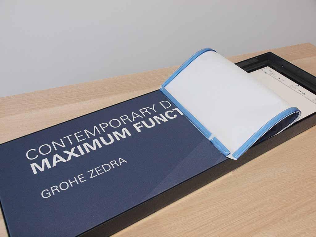 lightbox kaseton tekstylny druk na tekstyliach tkaninach / textile light box printing on textiles fabrics / Lichtbox Textilleuchtkasten Druck auf Textilien Stoffen