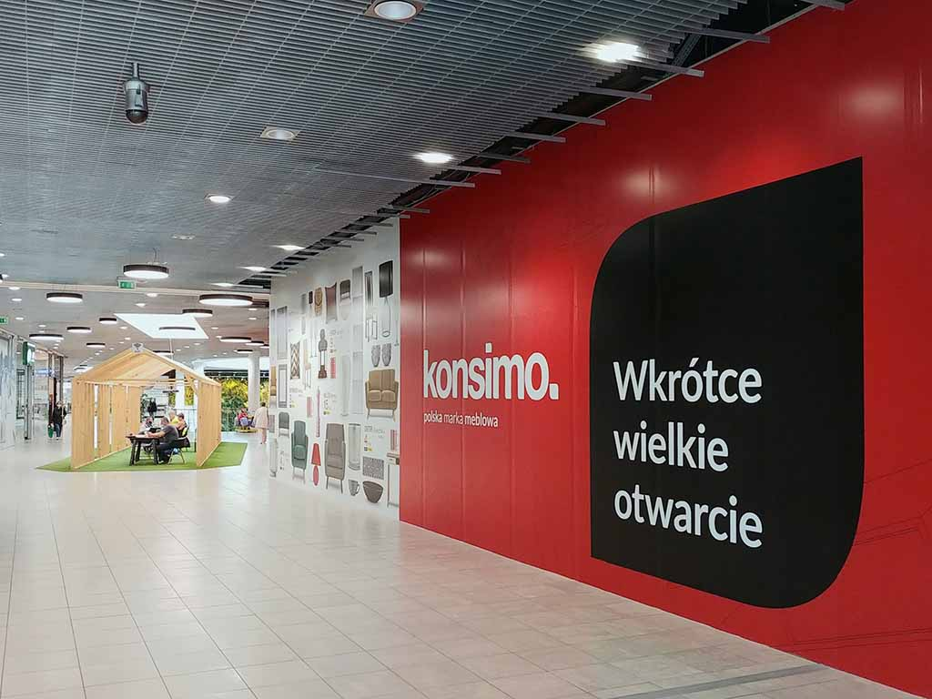 reklama na ściance / advertising on the wall / Werbung an der Wand